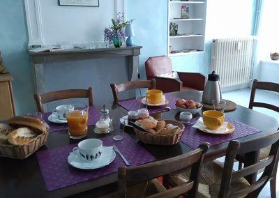 petit-dejeuner-dans-lappartement